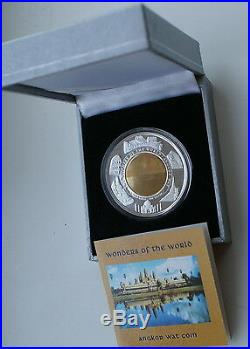 ANGKOR WAT- THE WONDERS OF THE WORLD BiMetal HOLOGRAM COIN CAMBODIA RARE